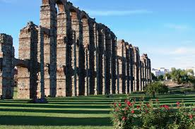 roman-aqueducts-are-still-scattered-throughout-the-former-empire-3