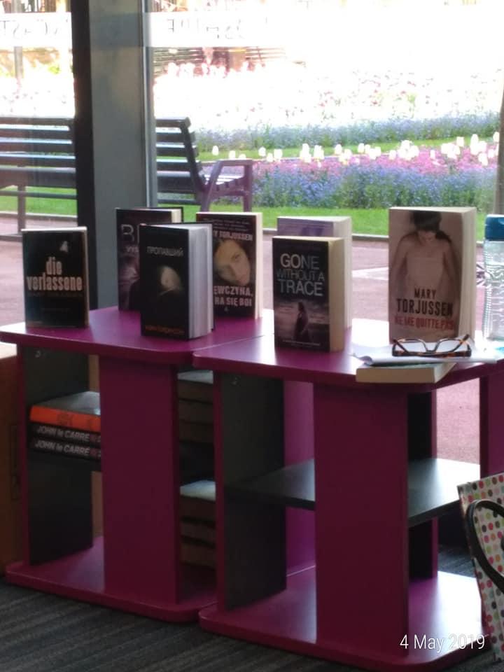 Mary Torjussen books