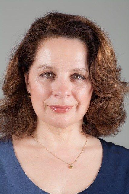 She's Back Author Deb Khan