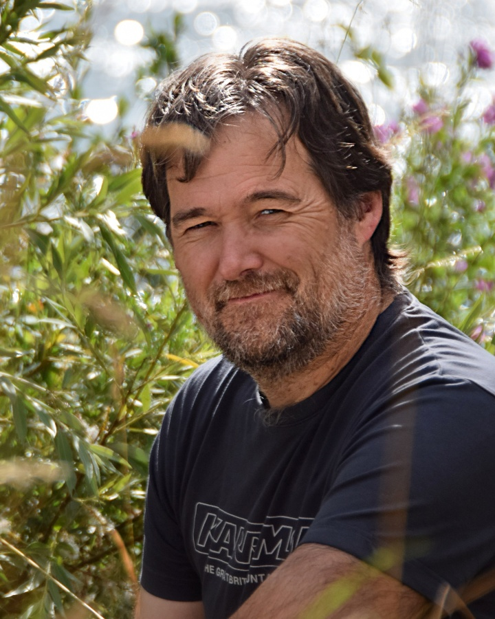 Graeme Cumming - Author